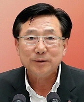 김기문 회장, 강원 재난기금 전달